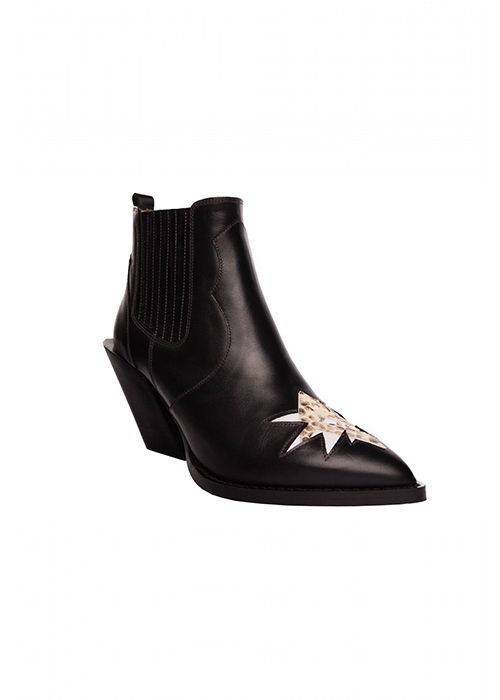 MOROBE BLACK BOOT WITH STAR