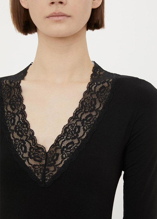 BY MALENE BIRGER BLACK TSHIRT