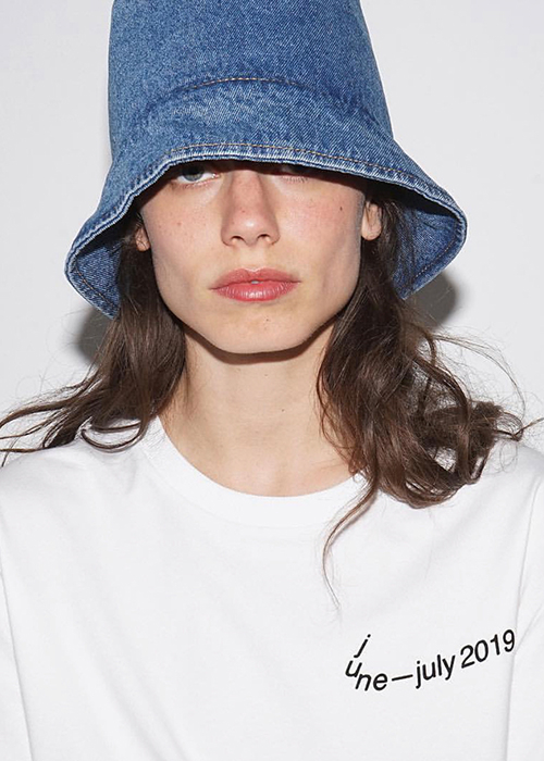 KSENIA SCHNAIDER WHITE JUNE/JULY TSHIRT