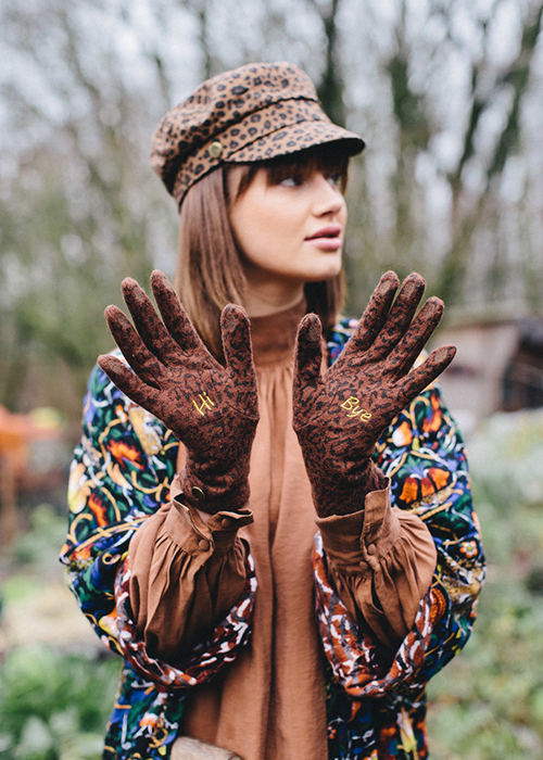 BIRDS ON THE RUN BROWN LEOPARD PATTERN PRINT GLOVES