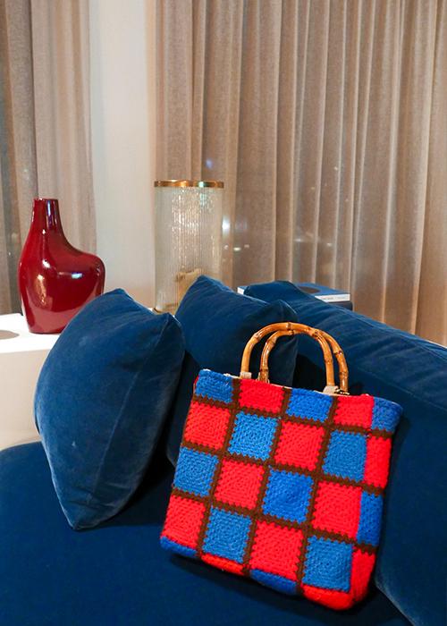 MILANESA BLUE CROCHET BAG