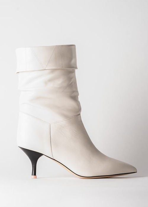 MOROBE OFF WHITE BOOTS
