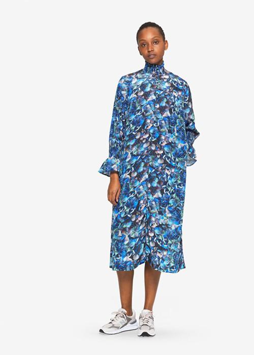 BAUM UND PFERDGARTEN BLUE FLOWER DRESS