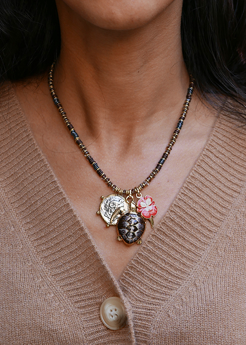 INDOCHINE BROWN TURTLE NECKLACE